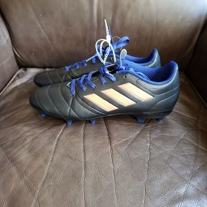 Adidas Women's Soccer Cleats Size 7.5 New